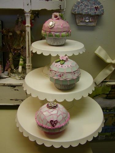 3_cupcakes